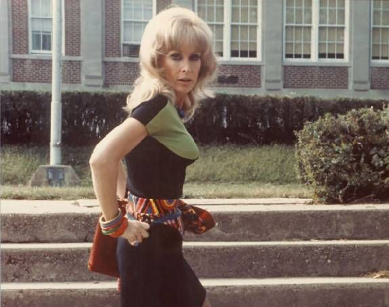 Barbara Eden walks up stairs in a scene from I Dream of Jeannie.
