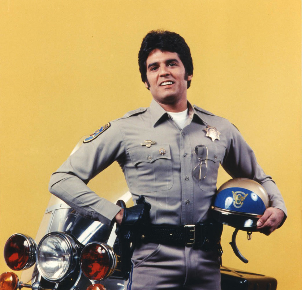 a still image of erik estrada from chips