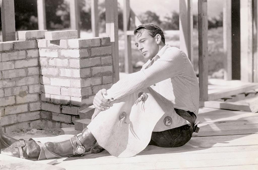 Gary Cooper on set