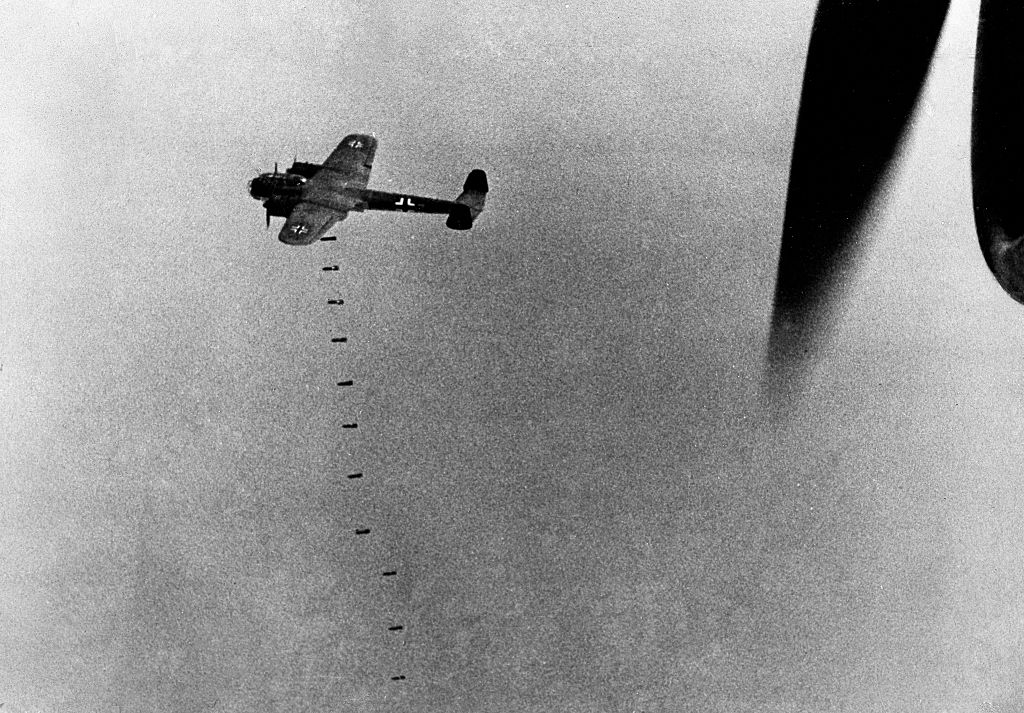 German plane dropping bombs