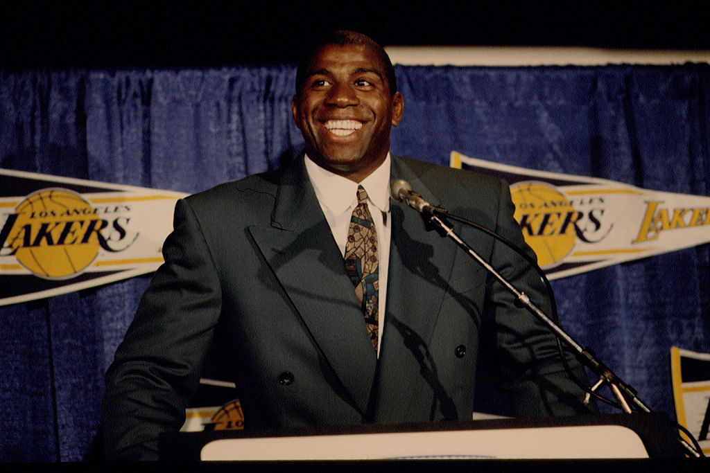MAGIC JOHNSON ANNOUNCES HIS RETURN TO BASKETBALL