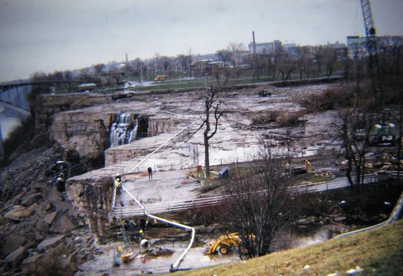engineers-drain-niagra