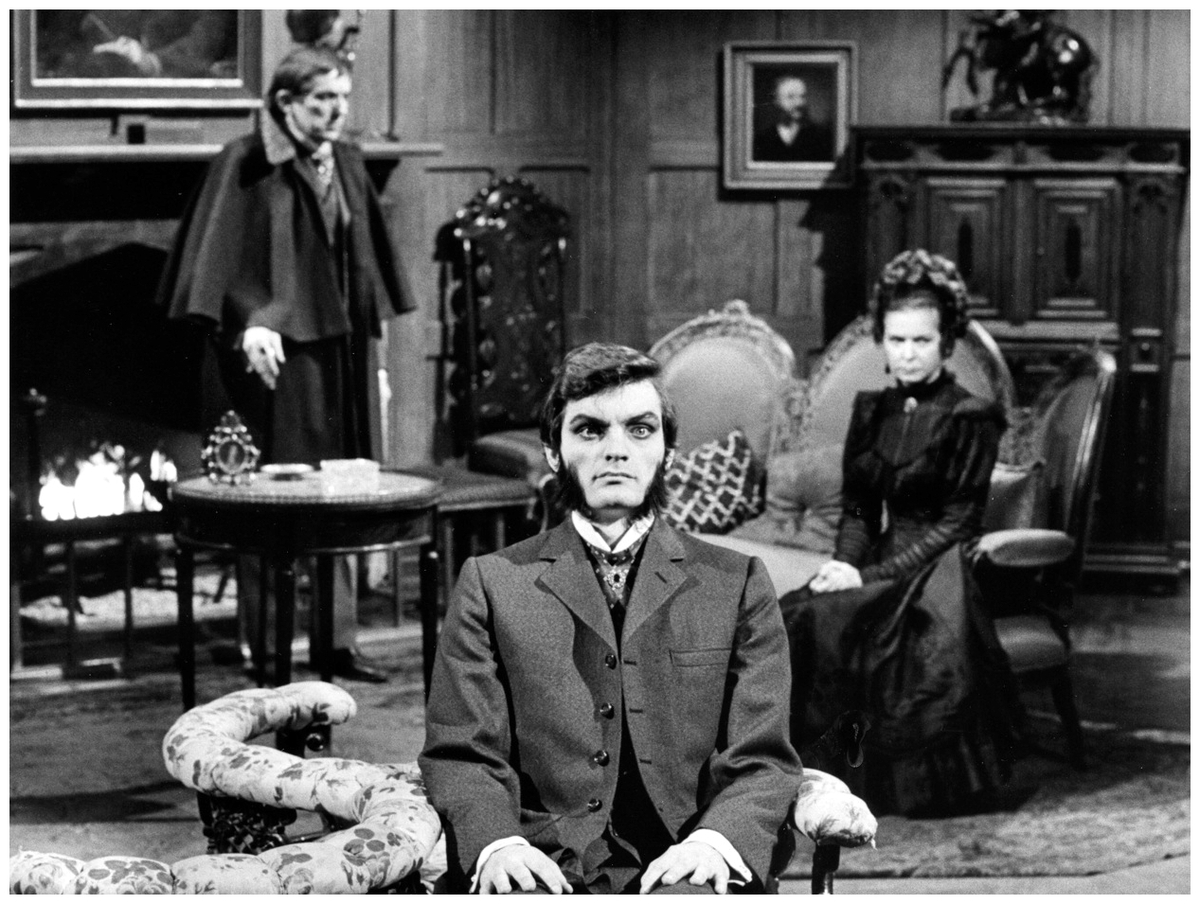 a still image from dark shadows
