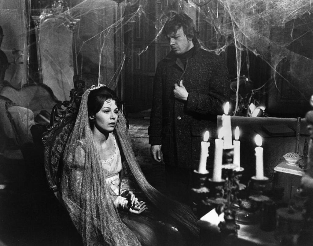 night of dark shadows image
