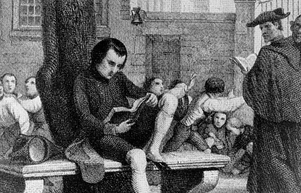 Napoleon reading