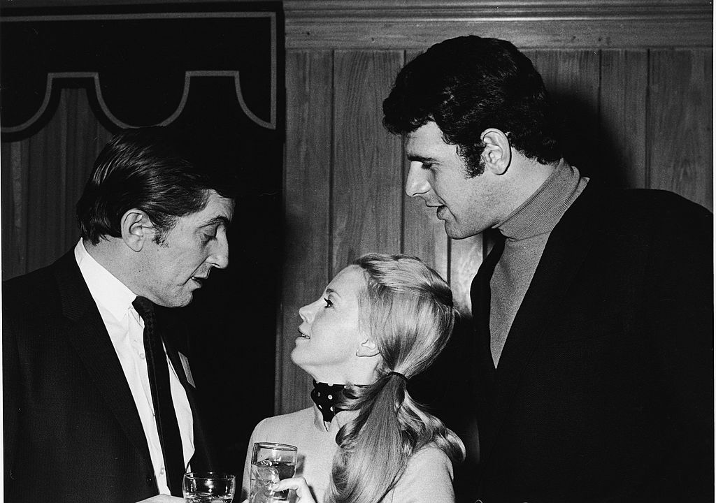 fans could win a date with jonathan frid