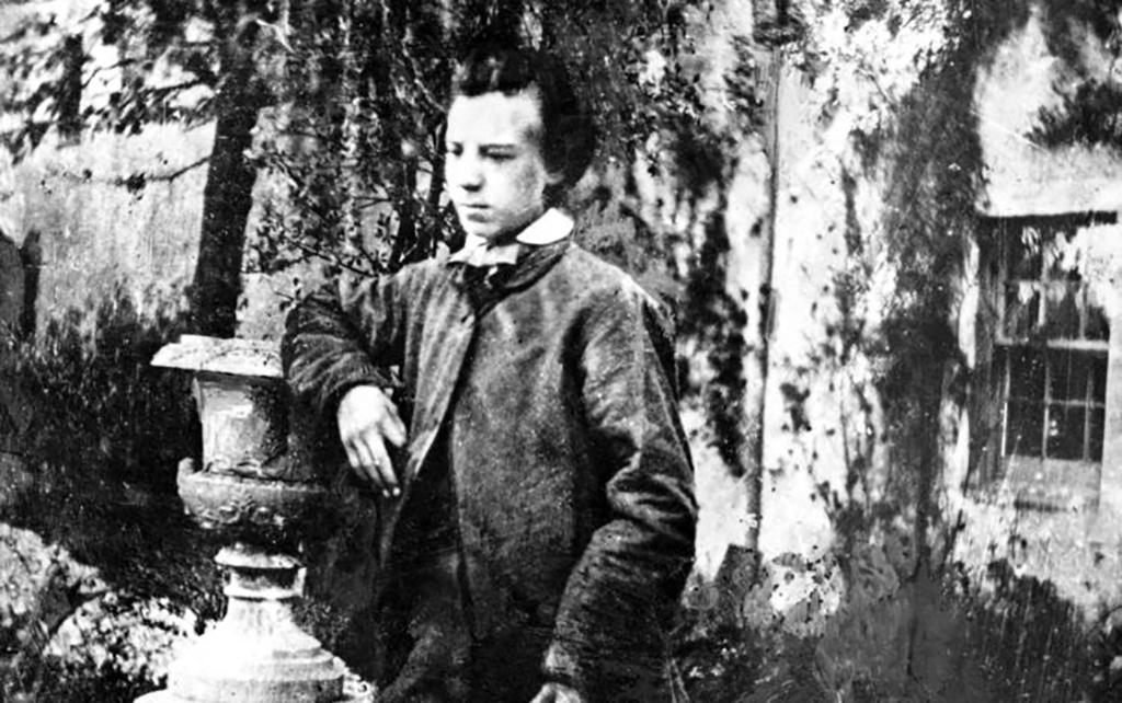 Young Alexander Graham Bell