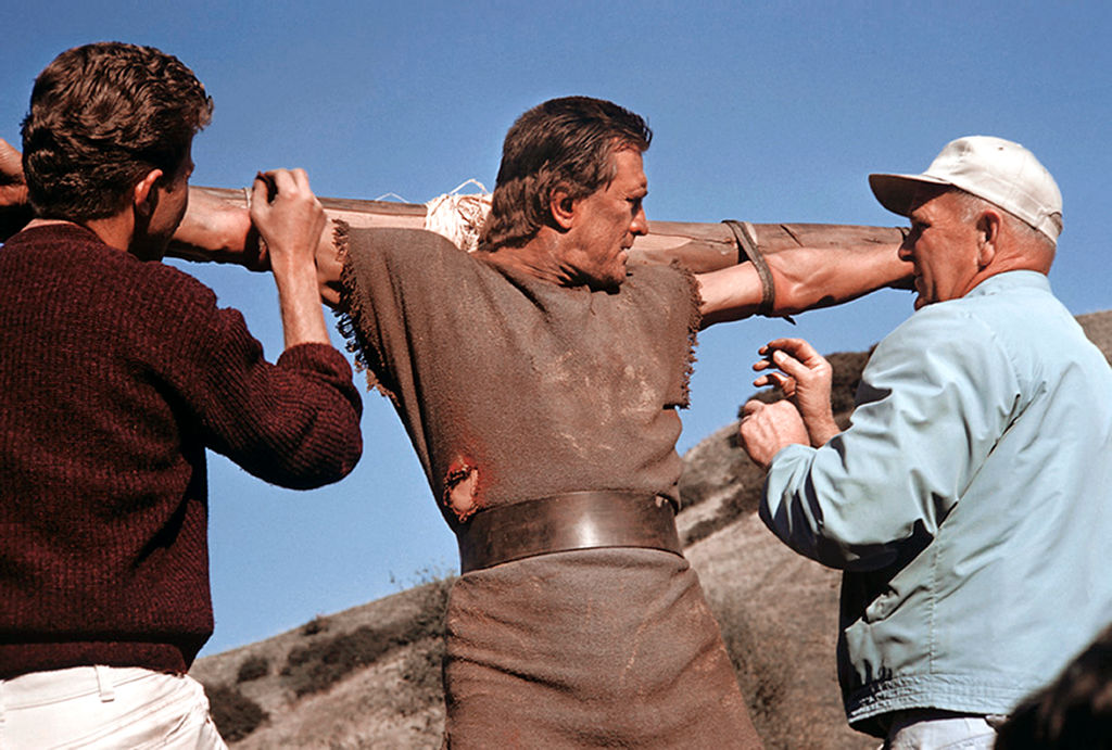 kirk douglas on the cross