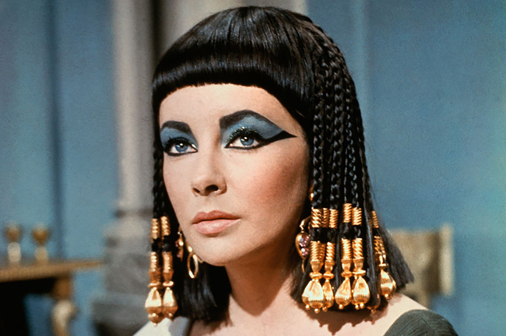 Elizabethe Taylor as Cleopatra with makeup