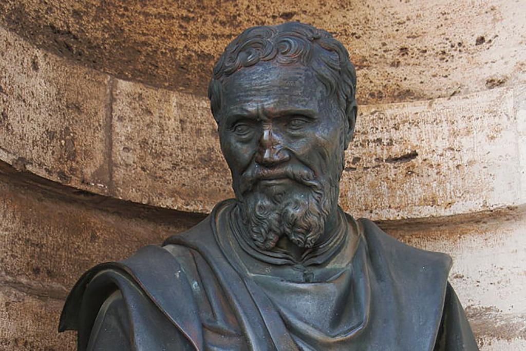 Statue of Michelangelo
