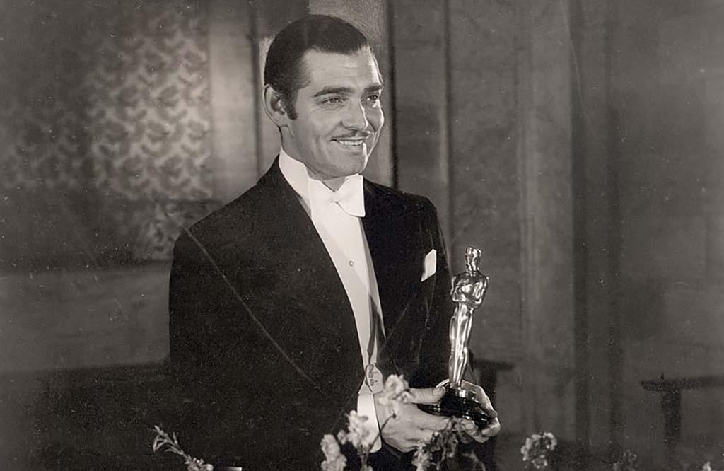 Gable with Oscar