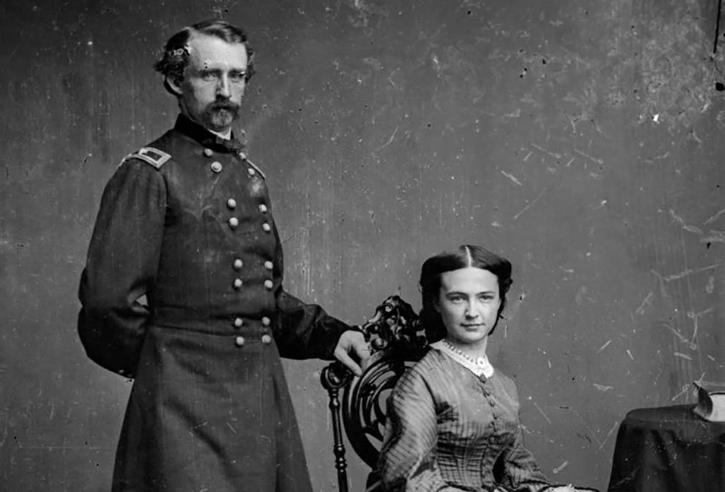 Photo of Custer and Libbie