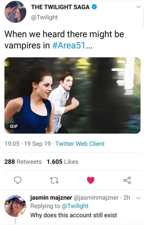 @twilight account tweets about area 51 having vampires and someone responds