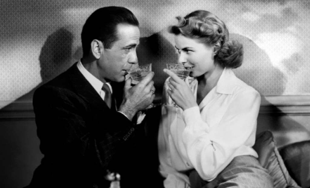 Sharing drinks in Casablanca