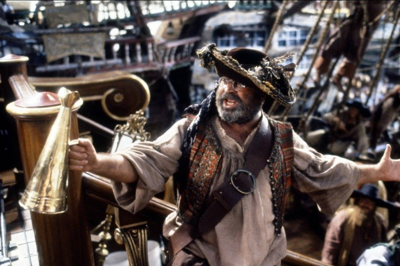 Bob Hoskins as Smee