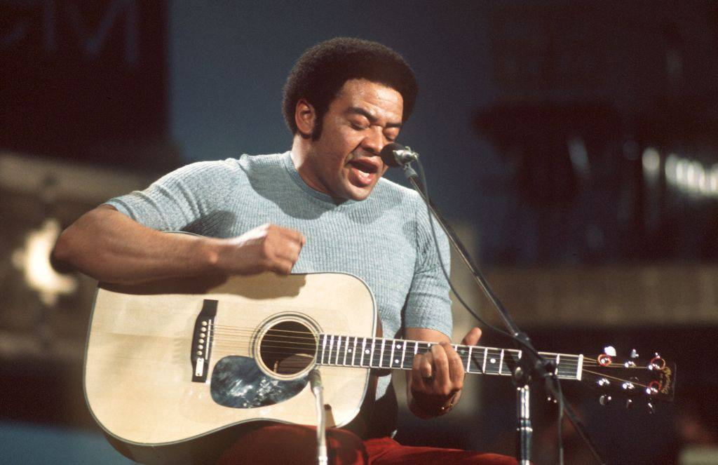 Bill-Withers-Performing-1068508794