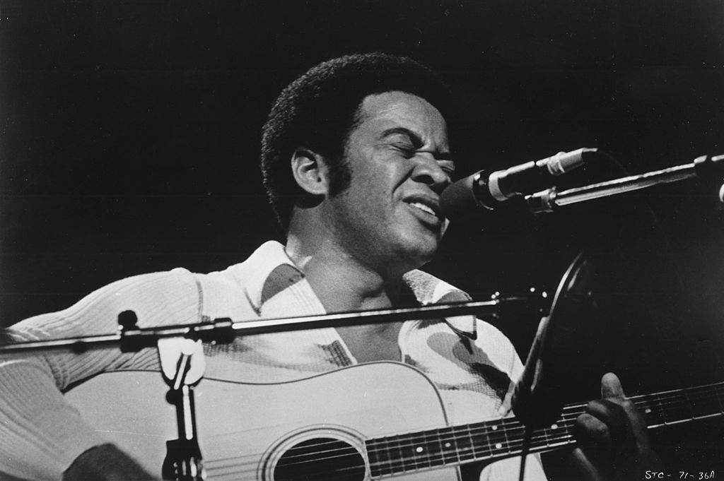 Bill-Withers-Performing-74301237