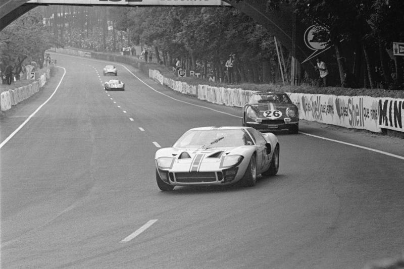 Ford in front of Ferrari