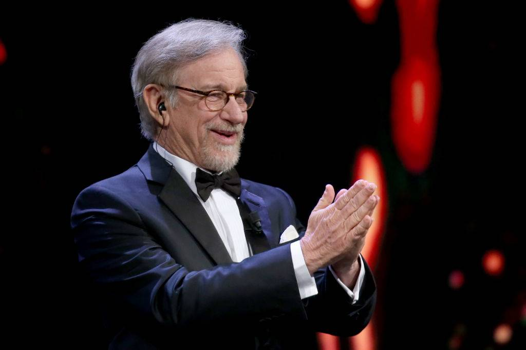Spielberg clapping