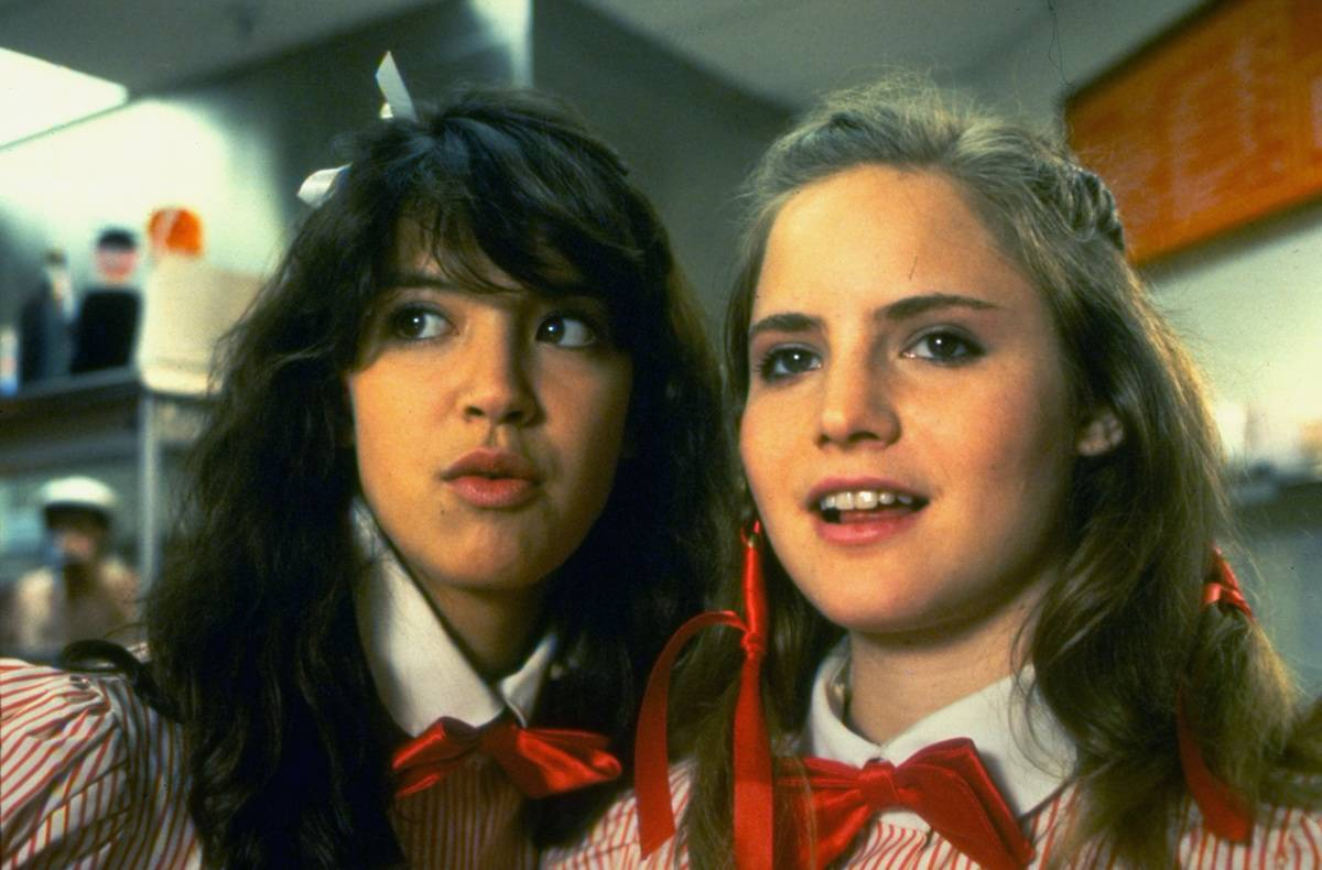 Phoebe Cates and Jennifer Leigh