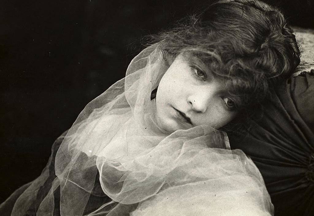 Picture of Lillian Gish