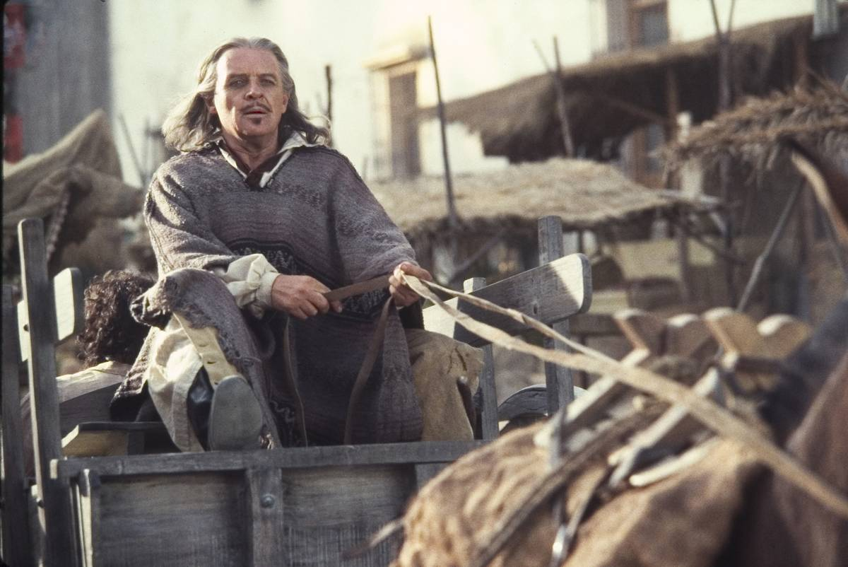 Anthony Hopkins on a wagon