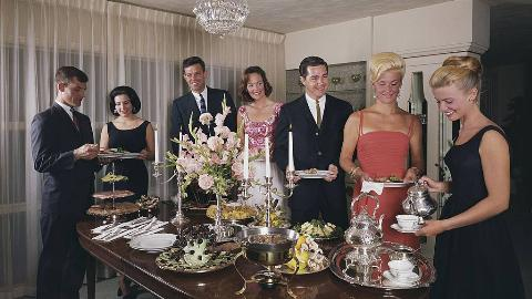 50s-dinner-party
