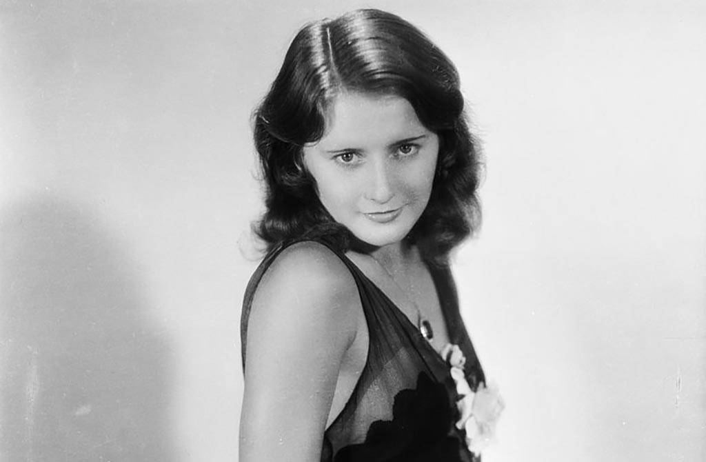 Portrait of young Stanwyck