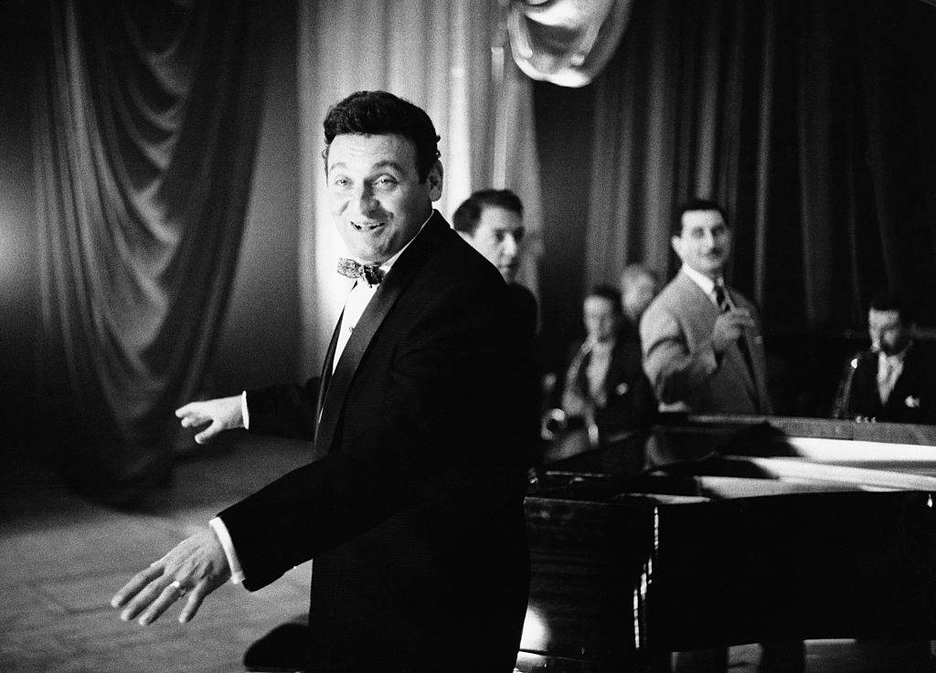Frankie Laine singing