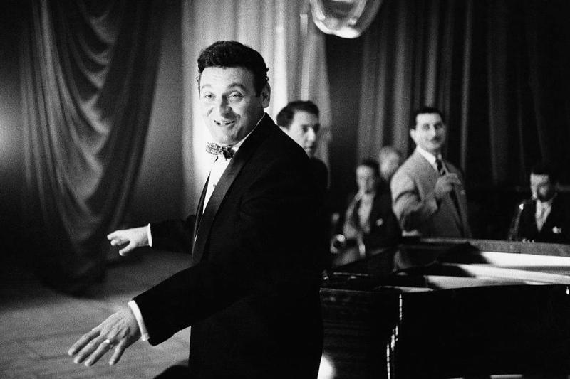 Frankie Laine singing