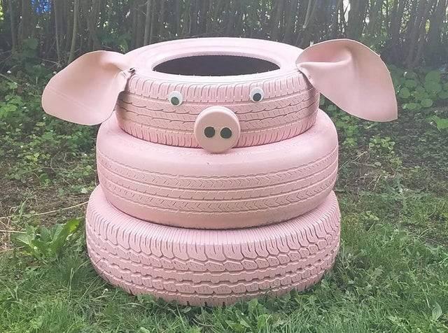pig tire planter