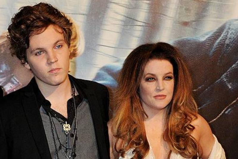 Guest, Michael Lockwood, Ben Keough and Lisa Marie Presley