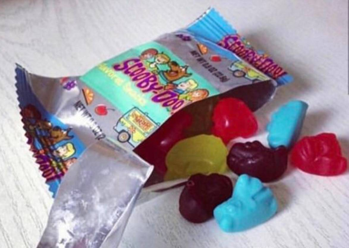 scooby doo gummy fruit snacks