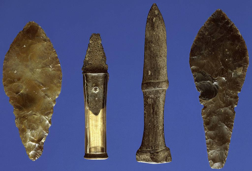 Bronze Age daggers