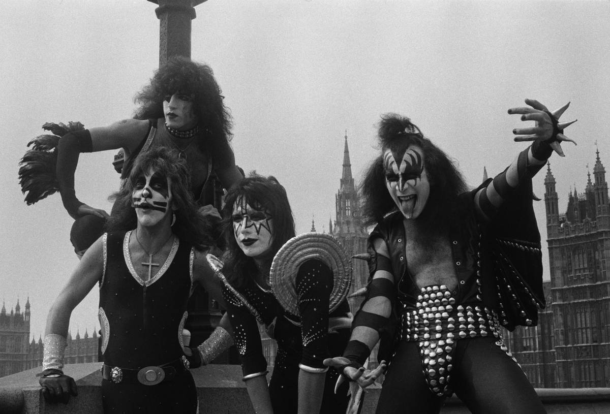 Kiss Taking Over London In 1976
