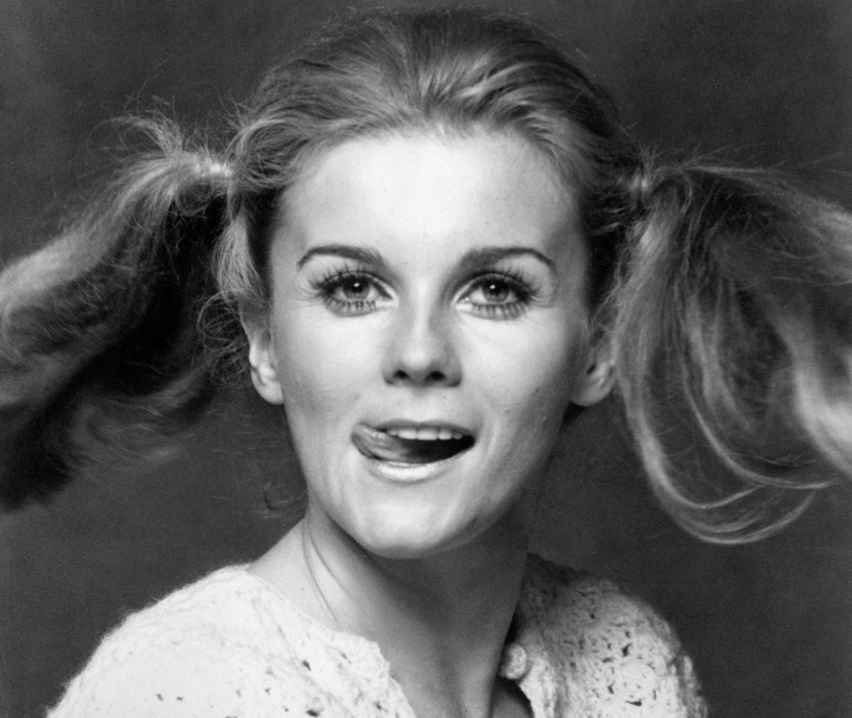 Ann-Margret Being Goofy In 1965