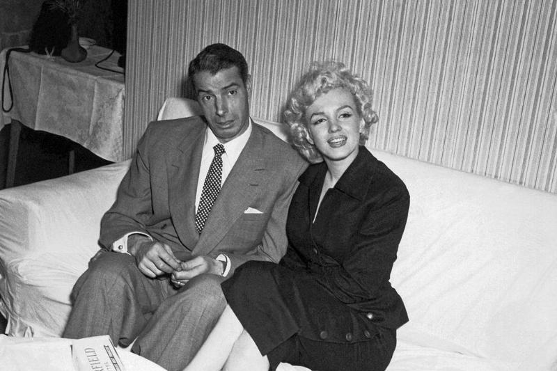 Picture of Marilyn Monroe And Joe DiMaggio