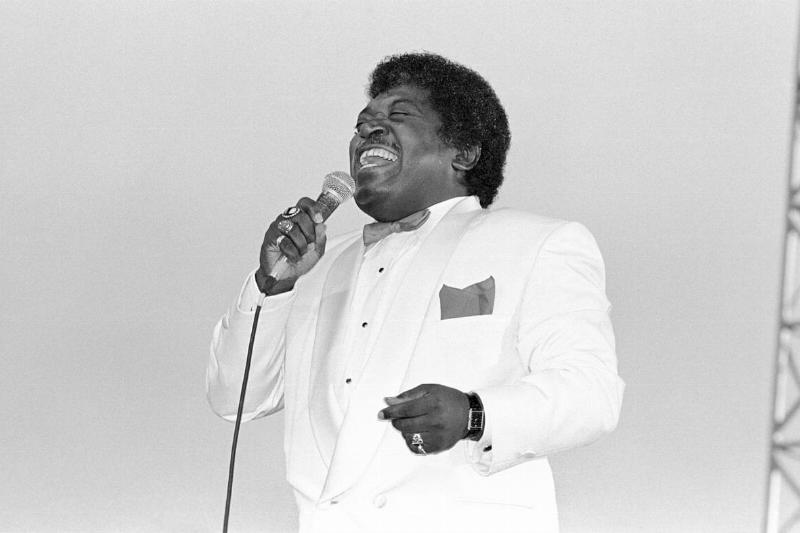 Percy Sledge performing