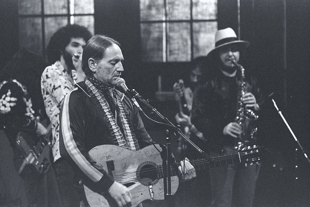 Willie Nelson singing on Saturday Night Live