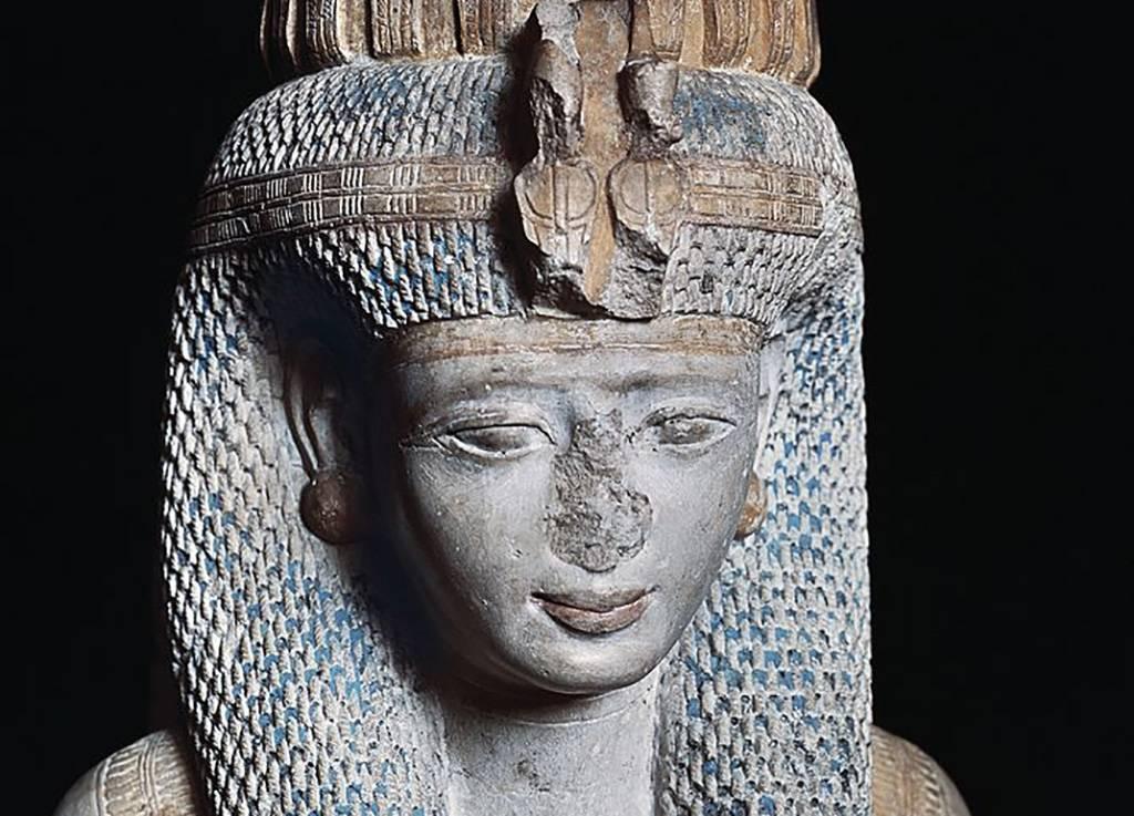 Statue of Meritamun