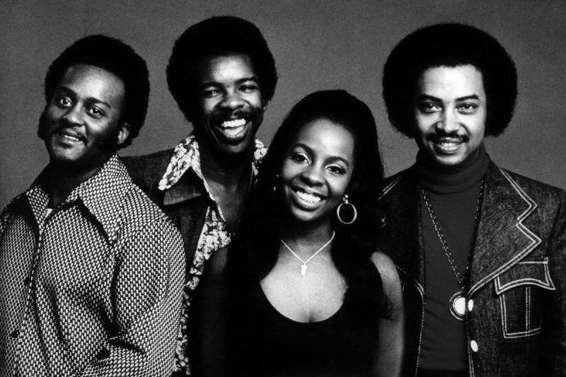 Bubba KNIGHT and Gladys KNIGHT & The Pips