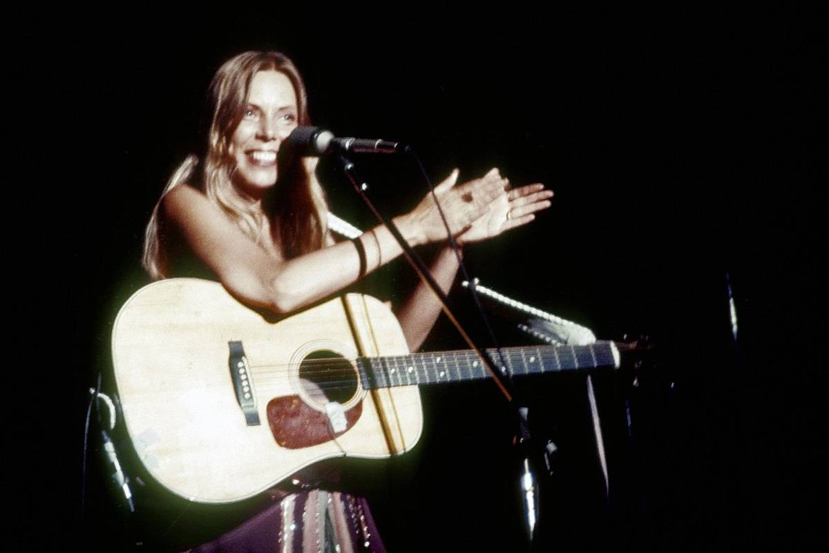 Joni Mitchell performs live onstage in Berkeley, 1974.