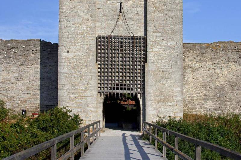Portcullis Gates Had Sharp Points To Attack Intruders