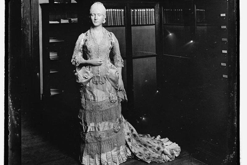 Abigail-Adams-to-Melania-Trump-First-lady-inaugural-gowns-through-history_24_1