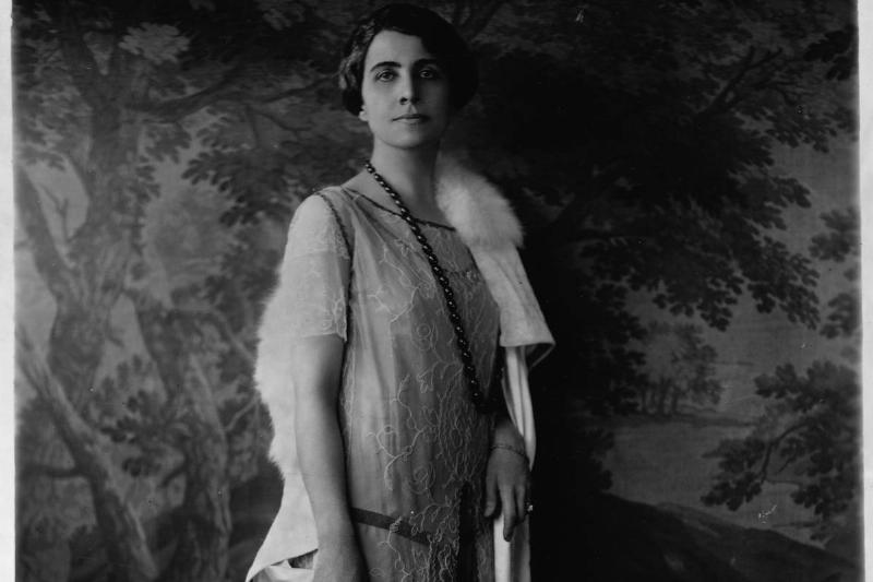 Grace Coolidge Brought The Roaring '20s To First Lady Fashion