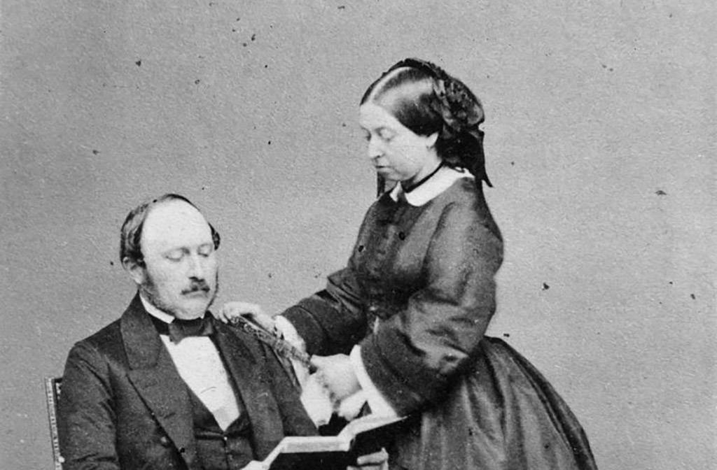 Picture of Prince Albert and Queen Victoria