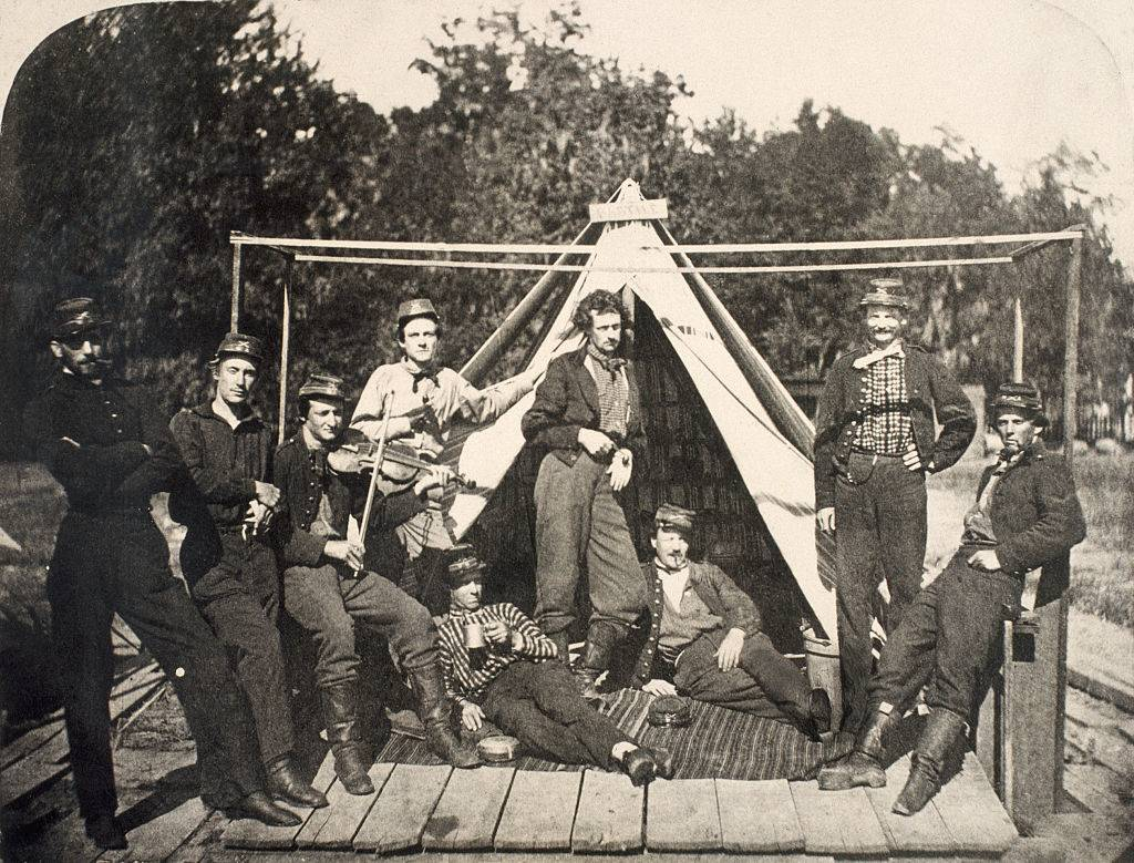 Picture of Confederate soldiers
