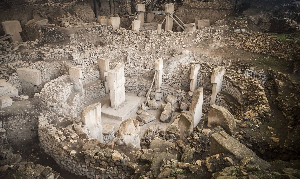 A photo looks down on Göbekli Tepe, the oldest temple with a UNESCO World Heritage Site status.