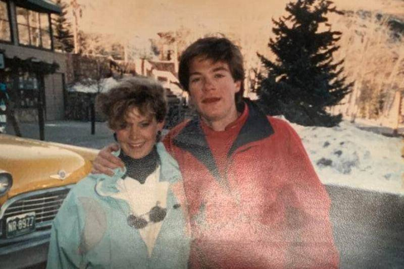 His Mom Dated Jason Bateman