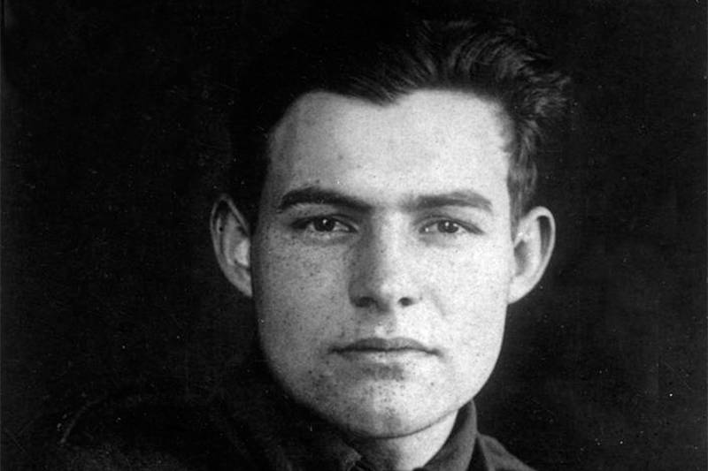 ernest hemingway black and white photo when he was young